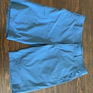 """Columbia Shorts 32W x  10""""L"""